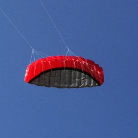 Řiditelný Kite červený